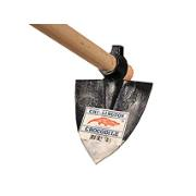 CHILLINGTON TRIANGLE CULTIVATOR & WOODEN HANDLE